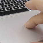 Macbook airのトラックパッドで右クリックする方法