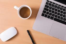 ノートパソコンにコーヒーをこぼさないための予防策を徹底伝授