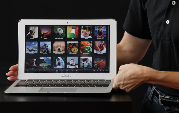 【Macbook air 13インチレビュー①】Windowsとの比較編